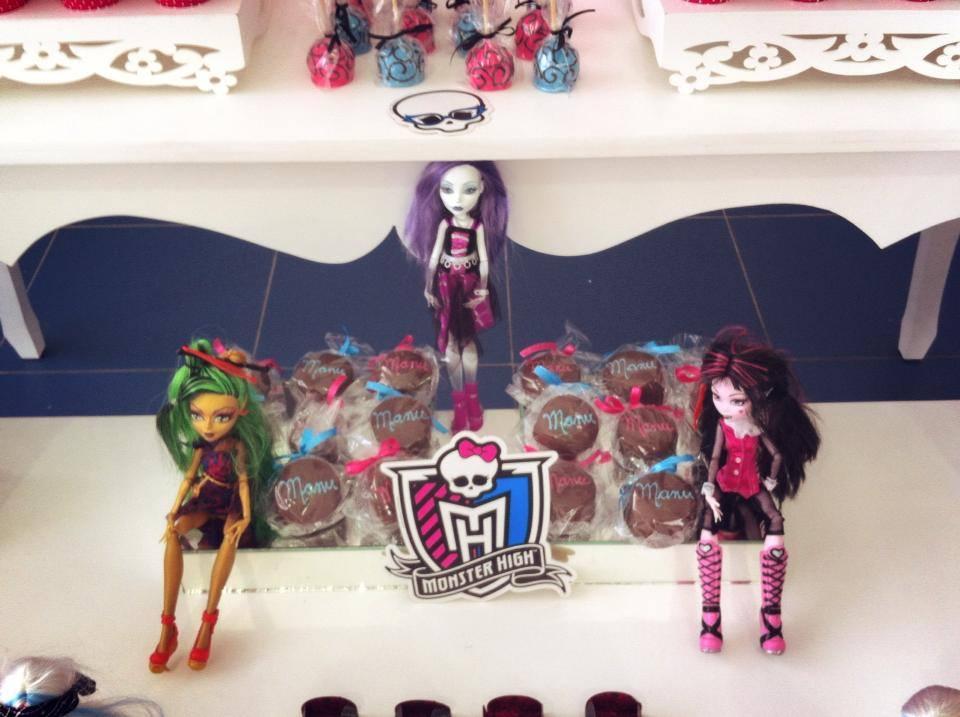 FESTA CLEAN Monster High  (10)