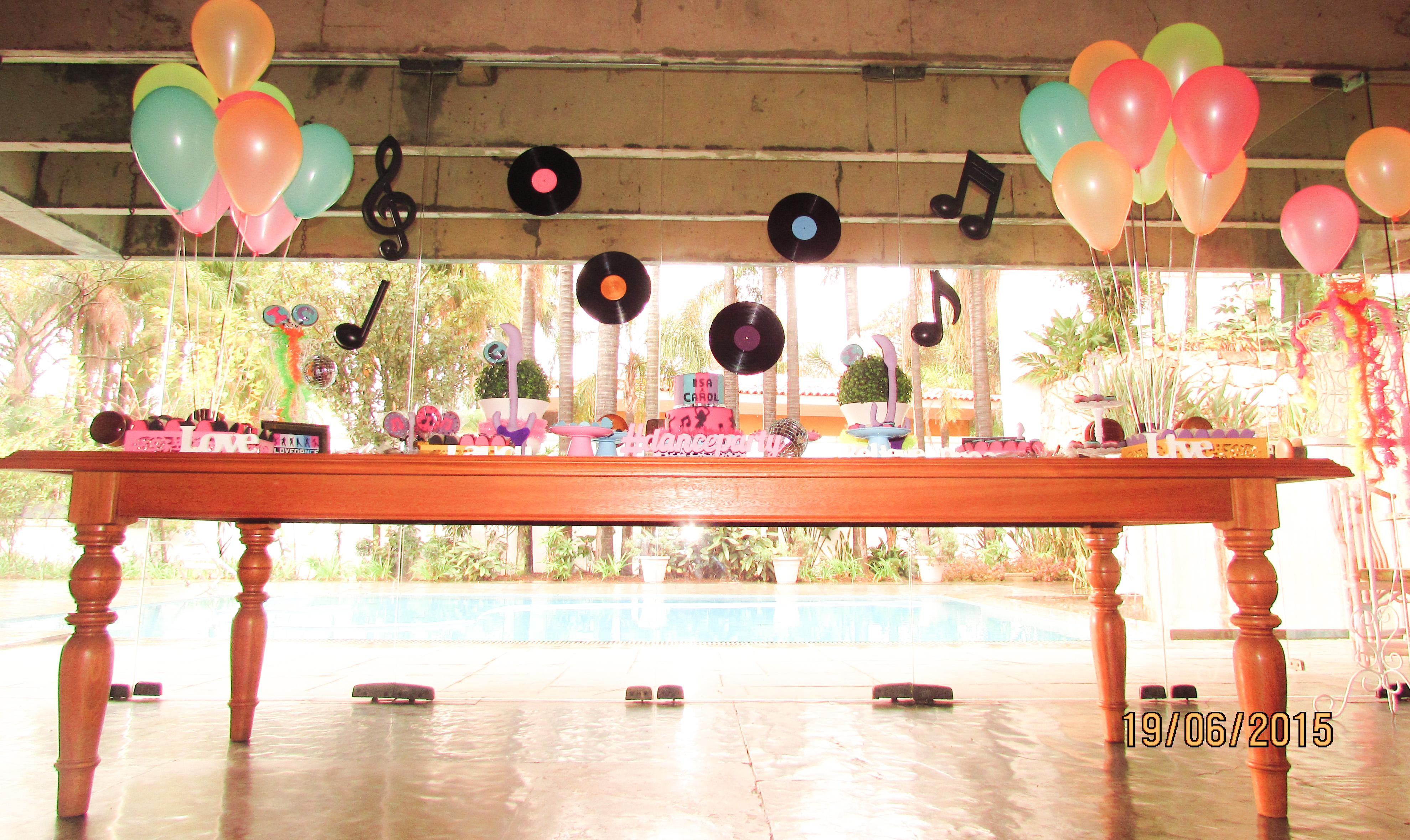 danceparty2